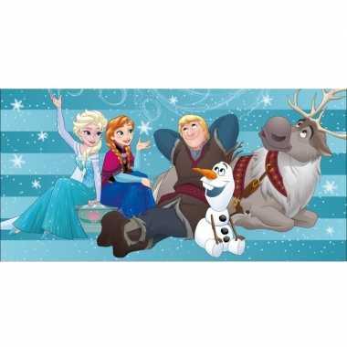 Disney frozen familie strand/bad handdoek 75 x 150 cm groot